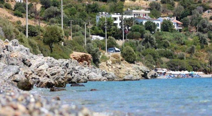 Yarımadanın Akdeniz'e bakan koylarından biri olan Kargı, Datça'nın en güzel koylarından. Koy, kuzey ve güneybatı rüzgarlarına kapalı. Deniz ise 8-10 metre ilerledikten sonra derinleşiyor. #Maximiles #Turkey #Türkiye #deniz #plaj #denizmanzarası #gezilecekyerler #gidilecekyerler #koylar #plajlar #doğa #doğamanzarası #doğamanzaraları