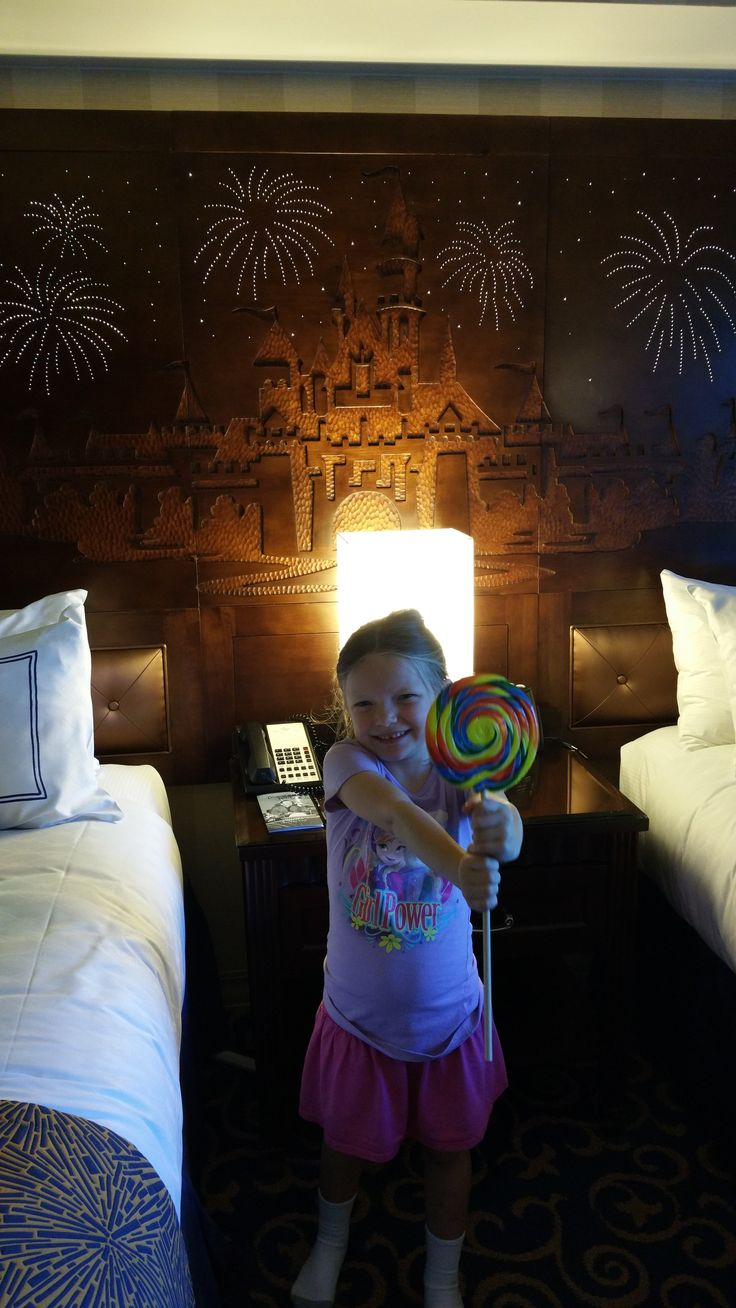 17 Best Ideas About Disneyland Hotel On Pinterest Hotels