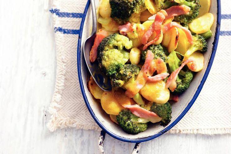 Aardappel-broccolischotel (380 Kcal)