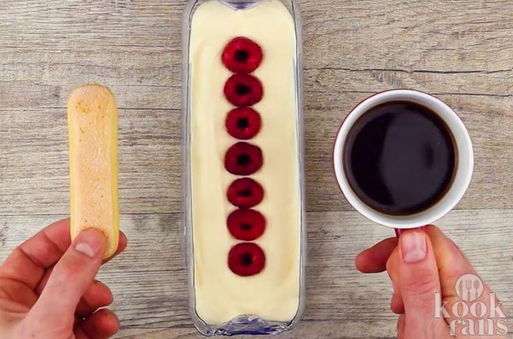 Tiramisu maken in een plastic fles? Dat kan! Heb je zin om echt eens een bijzonder gerecht te maken? Dan moet je deze tiramisu eens proberen! In plaats van in een schaal maak je de tiramisu in een fles waardoor het een hele karakteristieke ronde vorm krijgt. Je hebt de volgende ingrediënten nodig!