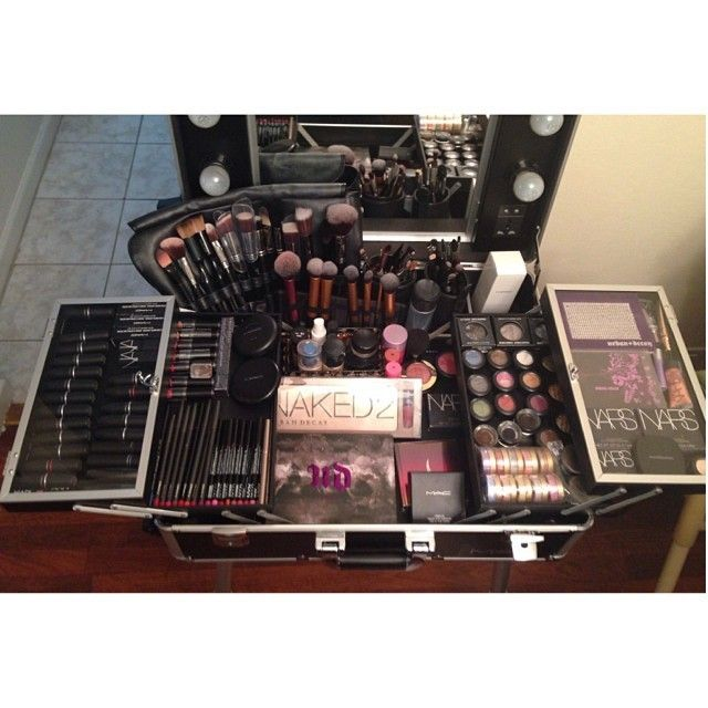 X-Large Makeup Artist Train Case With Lights Price $500.00  sc 1 st  Pinterest : makeup box with lights - Aboutintivar.Com