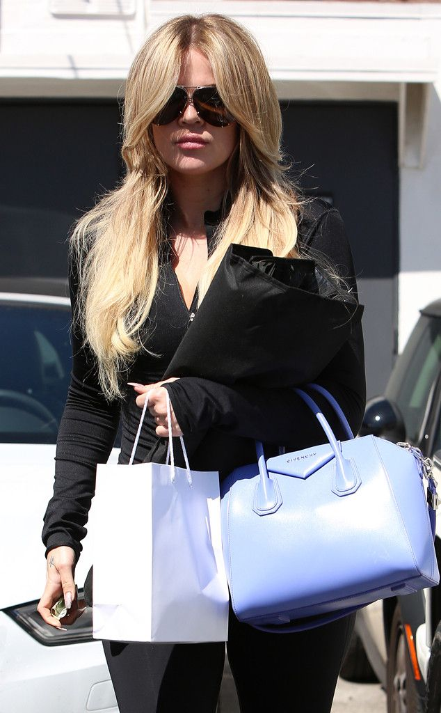 Khloe Kardashian keeps getting blonder and blonder!