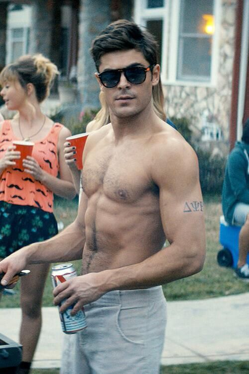 Zac Efron. Never did I think we would turn out remotely manly. Yet here he is. Lookin like a straight stud.