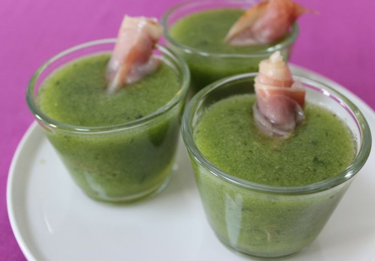 Melon soup with lime, basil and raw ham