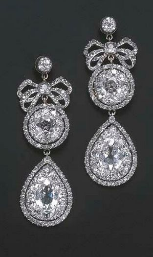 Fine jewelry / karen cox.18TH CENTURY DIAMOND EARRINGS Each designed as a detachable drop-shaped cluster pendant to the diamond bow,