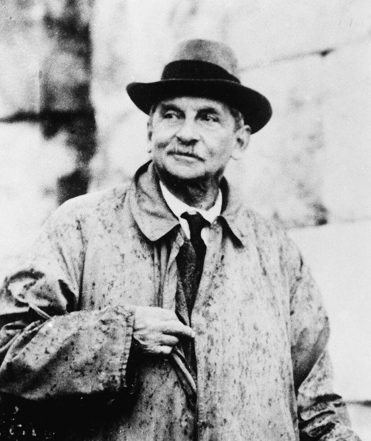 アーサー・エヴァンズ - 世界の歴史まっぷ イギリスの考古学者。クレタ文明の発見者。1900年クノッソス遺跡を発掘した翌年、イギリス王はヴィクトリア女王からエドワード7世へうつった。