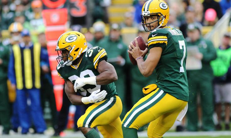 Expert Tuesday with Michelle Bruton on Brett Hundley's development, Dom Capers and more = Michelle Bruton from Cheesehead TV and Bleacher Report helps assess the damage from Brett Hundley's first start in.....