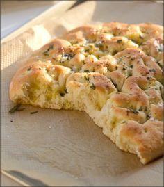 moey's kitchen: Zweierlei Focaccia mit Meersalz, oder: Zeig mir dein Salz und ich sage dir, wie du isst!