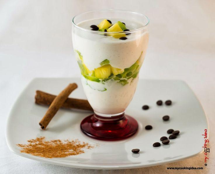 Coppe con crema di ricotta yogurt. Cercate un'idea per un dessert veloce da preparare per il fine settimana? Eccolo servito in queste coppe. Vi basteranno pochi ingredienti e pochi minuti per prepararlo.I dolci in coppa sono una buona soluzione per ogni tipo di esigenza, adatti sia quando si vuole preparare qualcosa di complesso ed elegante,