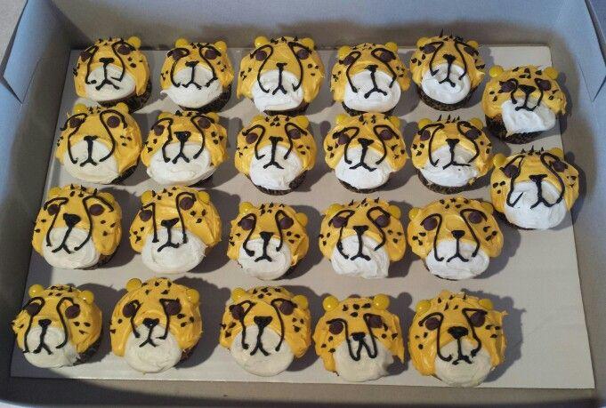 Cheetah cupcakes                                                                                                                                                      More