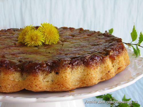 Пирог-перевертыш с ревенем и кардамоном