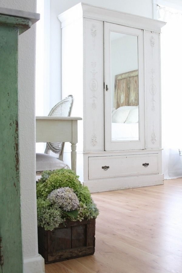 25 best ideas about shabby chic wardrobe on pinterest. Black Bedroom Furniture Sets. Home Design Ideas
