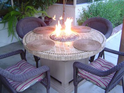 build your own fire table diy home entertainment pinterest fire table fire and fire pits. Black Bedroom Furniture Sets. Home Design Ideas