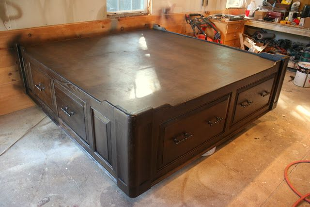 King Size Platfom Bed With Drawers