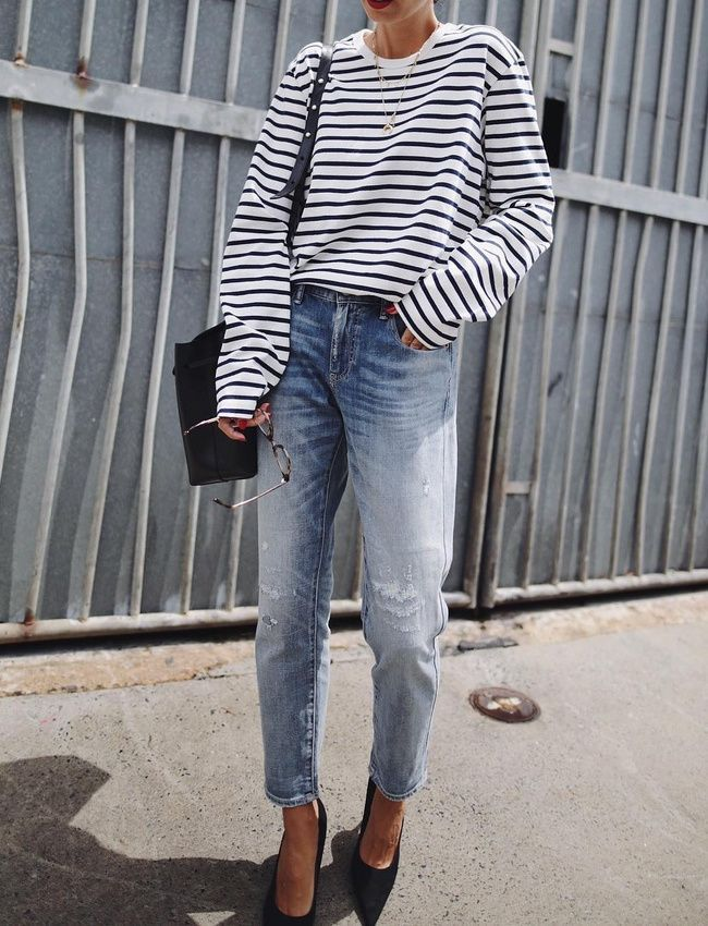 Street style | Classic | Fashion | Pumps | Striped tee | More on Fashionchick.nl
