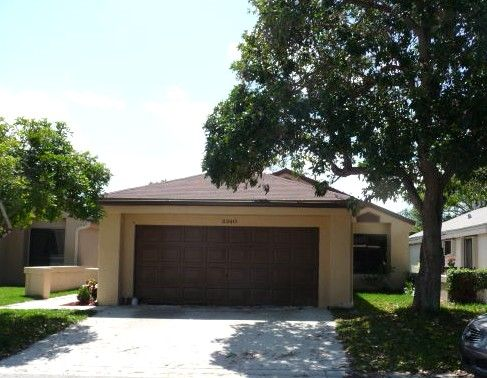 Sold on 3/31/14. A 3/2 in Centura Parc, Coconut Creek, FL for $250,000