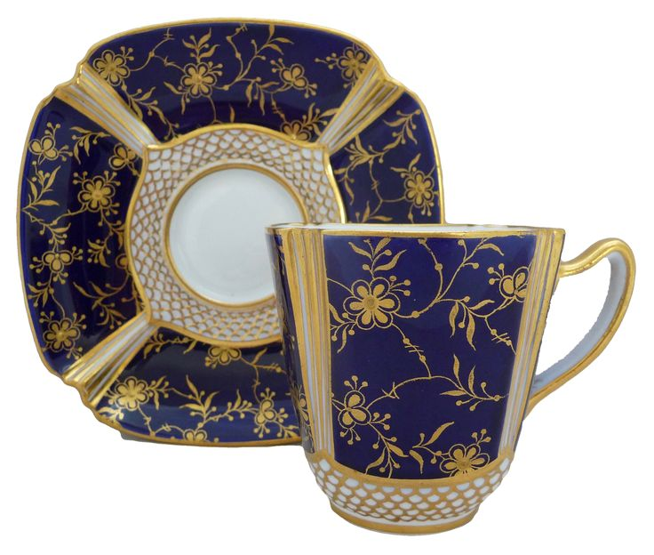 Copeland 'Queen Anne' coffee cup & saucer, 1911 コープランド 'クイーン アン'四つ葉飾りのコーヒーカップ&ソーサー 1911年