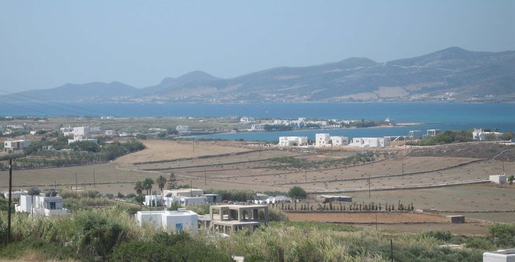 Paros view that I woke up to. Scooter, breakfast, swim, sun, siesta, repeat.
