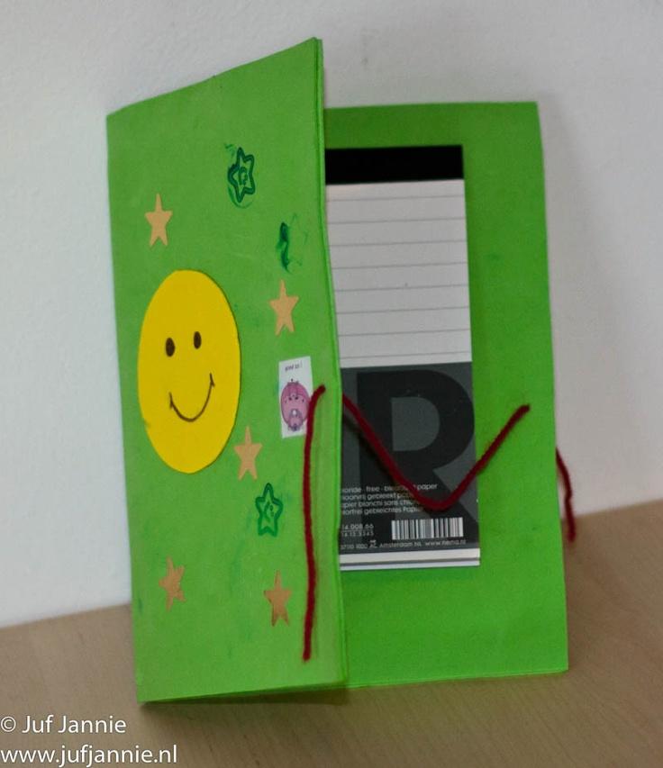 Kladblokmapje –zelf een boek maken (dan met schriftje erin?)