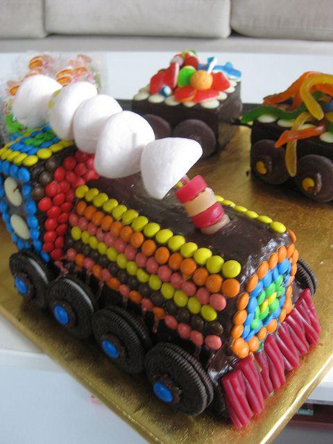 idea for baby's train cake