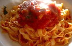 Pasta al sugo di pomodoro light