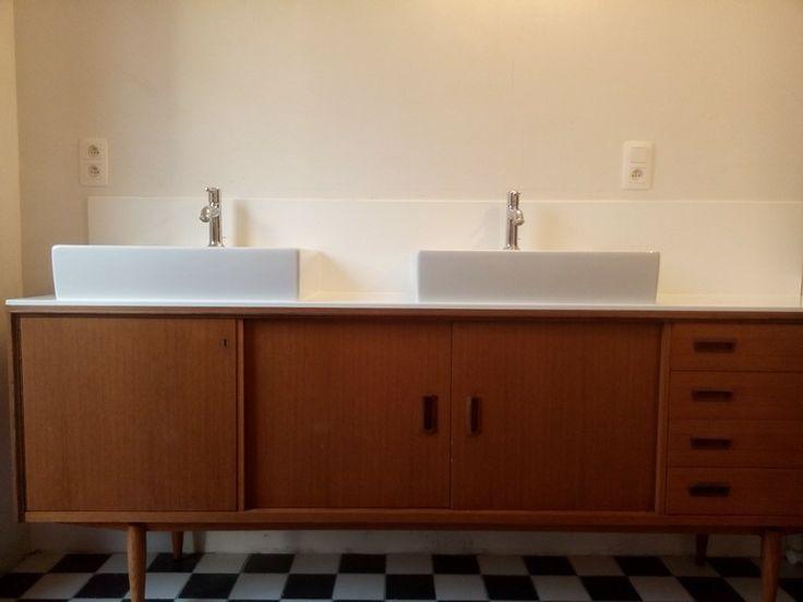 Retro meubel furniture bathroom badkamer vintage