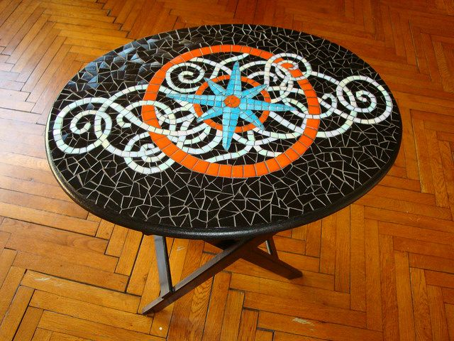 328 best mosaic tables countertops images on pinterest for Mosaic coffee table designs