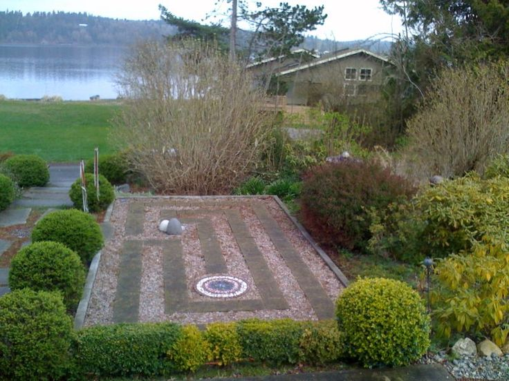 Labyrinth Designs Garden low growing justin brouwers boxwood is used to create the outer circle for this spiral labyrinth gardenlabyrinth Labyrinth Garden Designs Google Search