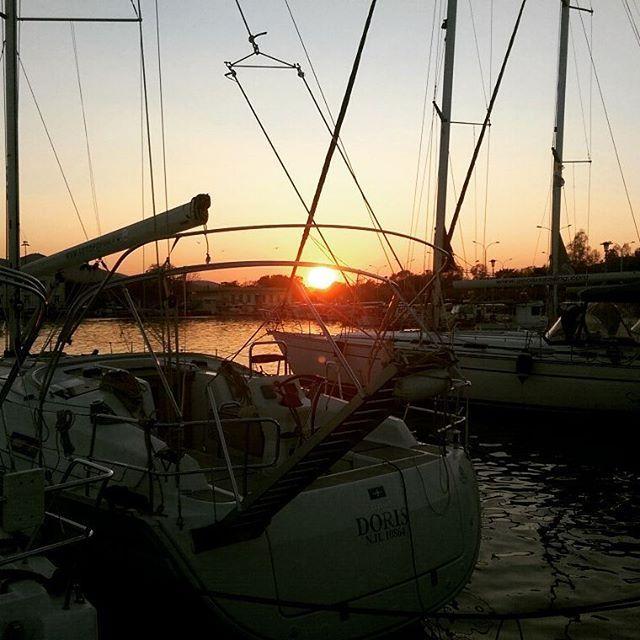 Chasing the 🌞! #sunset #Volos #Greece #seaside #ships #masts #sea #Lifo