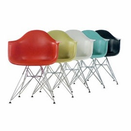 You've got to love a bit of Charles & Ray Eames!