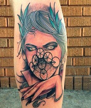 Tatuaje de diosa maligna