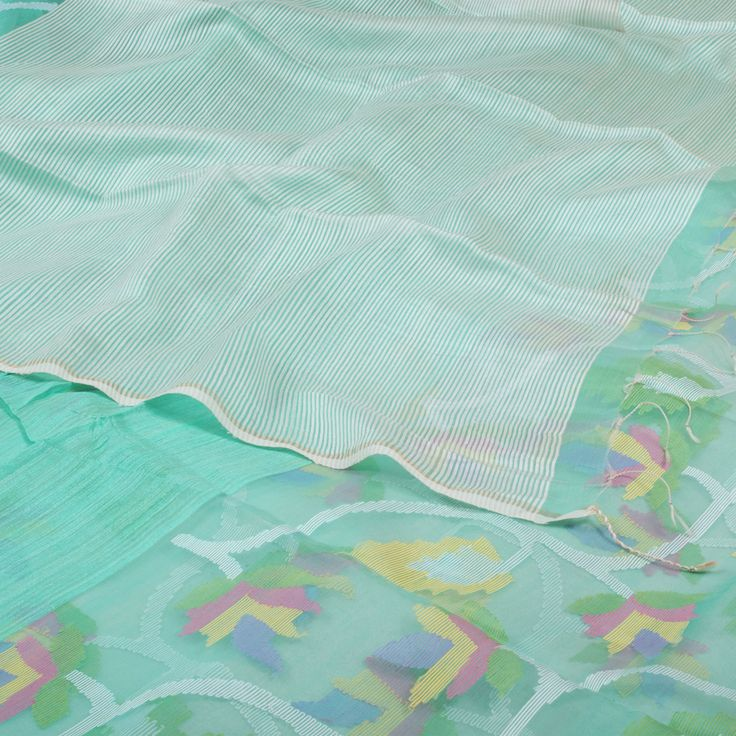 Handwoven Organza Sari with Jamdani Motifs