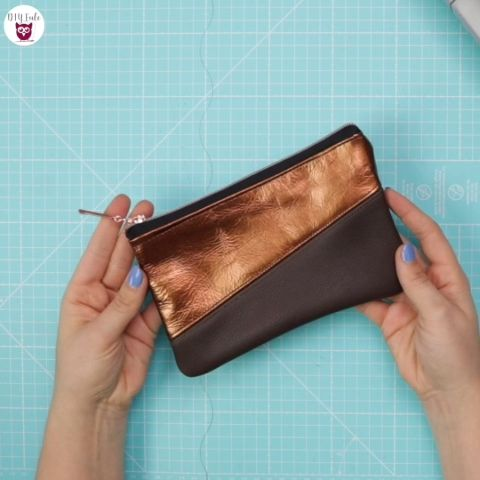 Sew leather purse pouches