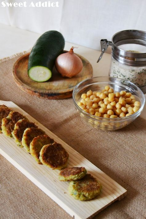 MINI HAMBURGUESAS DE CALABACIN Y GARBANZOS | Sweet Addict