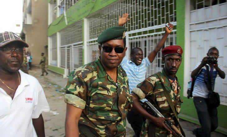 Burundi : revivre la tentative de coup d'Etat du 13 mai contre Pierre Nkurunziza - 14/05/2015 - http://www.camerpost.com/burundi-revivre-la-tentative-de-coup-detat-du-13-mai-contre-pierre-nkurunziza-14052015/?utm_source=PN&utm_medium=CAMER+POST&utm_campaign=SNAP%2Bfrom%2BCamer+Post