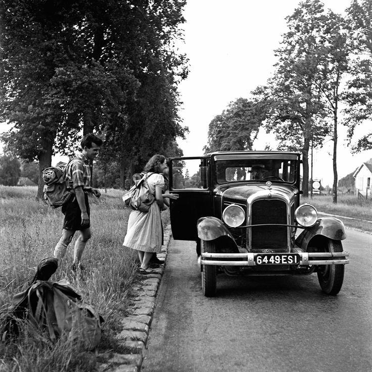 Autostop 1937 © Pierre Jamet