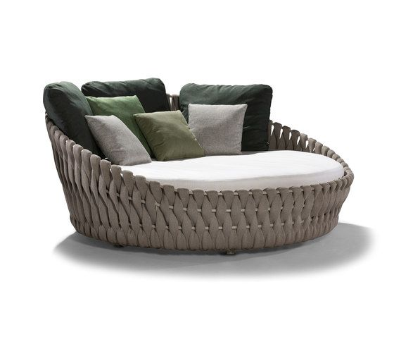 Tosca Daybed by Tribu | Seating islands