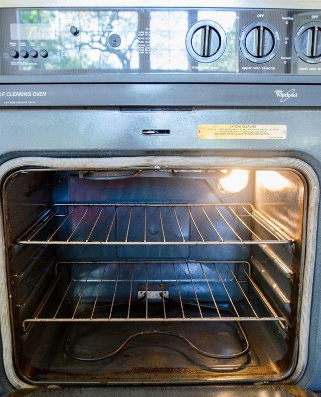 Így lesz patyolat tiszta a sütőd sikálás nélkül, vegyszermentesen, néhány lépésben! - www.kiskegyed.hu