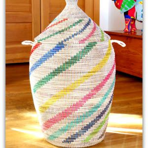 Extra Large Woven Laundry Hamper with Lid.