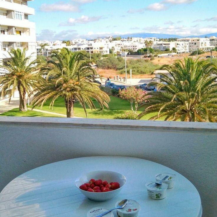 Good morning #alvor ! Enjoying some light and healthy #breakfast #algarve #portugal