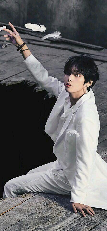 black swan in 2020 taehyung foto bts taehyung