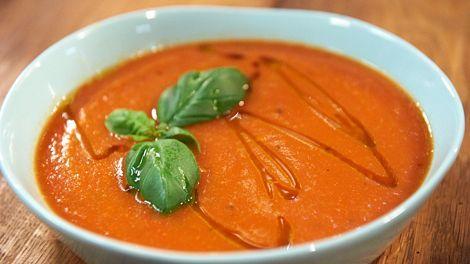 Tim Mälzer » Tomatensuppe mit Orangen-Ciabatta Eat without bread