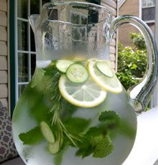 Flavored water: cucumber, lemon, mint, rosemary