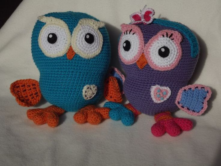 Crochet Hoot & Hootabelle Stuffed Toys (Link to Free Pattern)                                   ~ These are Adorable ~ LOVE the Feet!