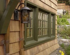 exterior paint colors cabins | Help for exterior cedar siding trim/color
