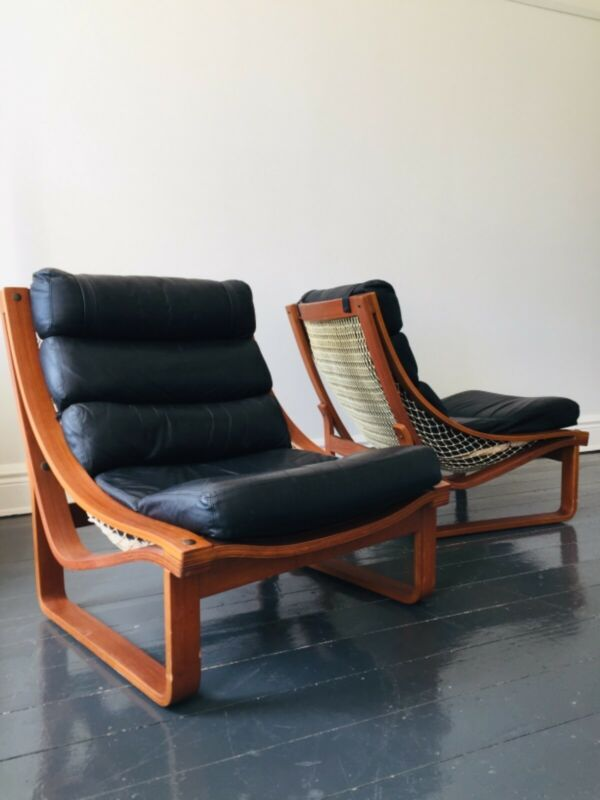 Pair Of Vintage Tessa T4 Black Leather Armchairs Armchairs