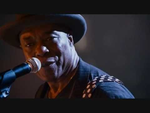 Buddy guy Ft. Rolling stones - Champagne & Reefer Live! Best guitarist ever!!!!!!!!!