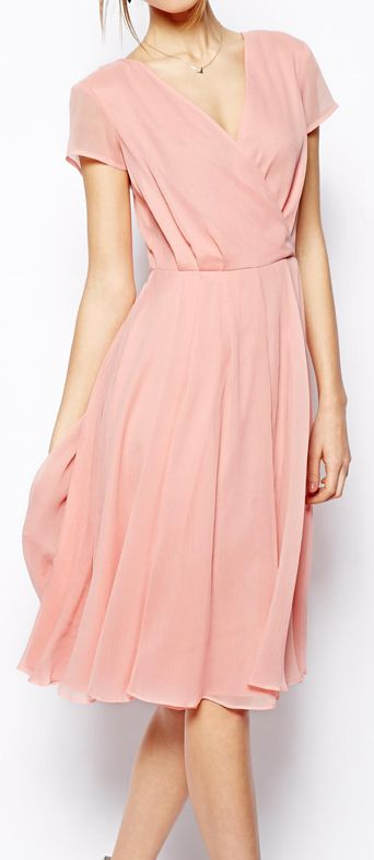 Vintage-Style Rose Chiffon Dress.  This is beautiful - it just needs a thin belt though (I'd go a shiny thin belt in the same rose colour, a metallic rose gold or silver or a matt tan thin belt).  Love this dress so much though, it's so feminine and comfy-looking.