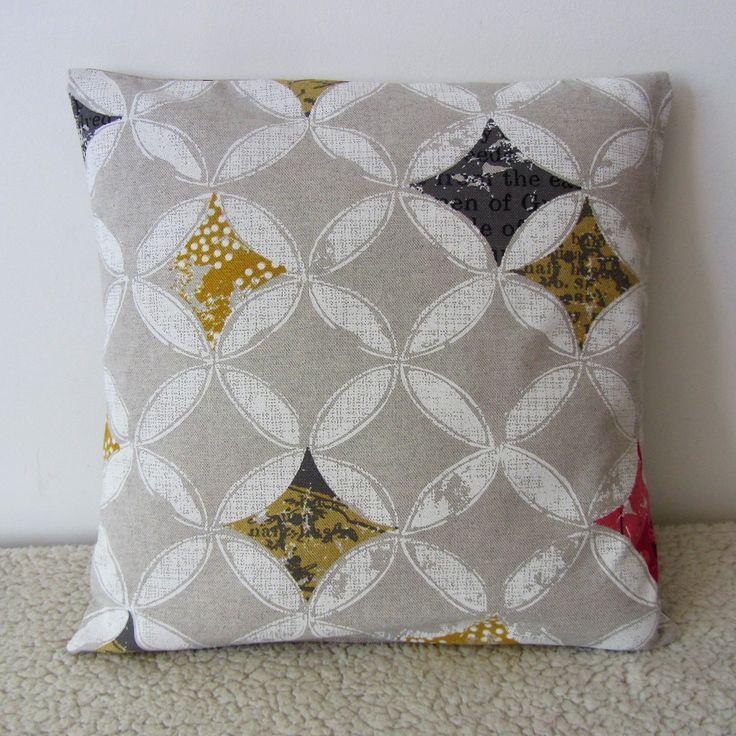 17 meilleures id es propos de tapis gris et jaune sur pinterest la tapis color. Black Bedroom Furniture Sets. Home Design Ideas