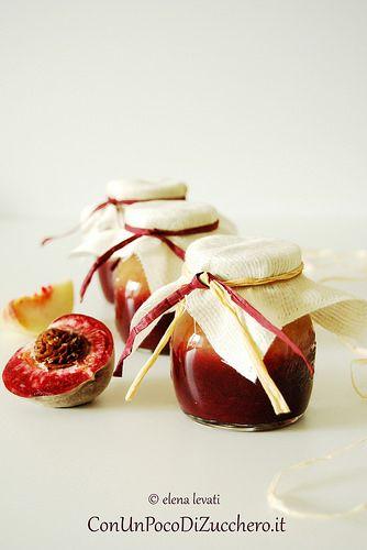 Confettura di pesche rosse e bianche - Peach jam